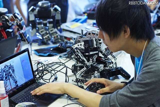 関西初開催!二足歩行ロボット格闘技大会「ROBO-ONE」の模様をオンエア