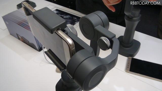 ジンバル・高性能ディスプレイ・レタッチPC、周辺製品が広がるカメラ市場で何を買う?