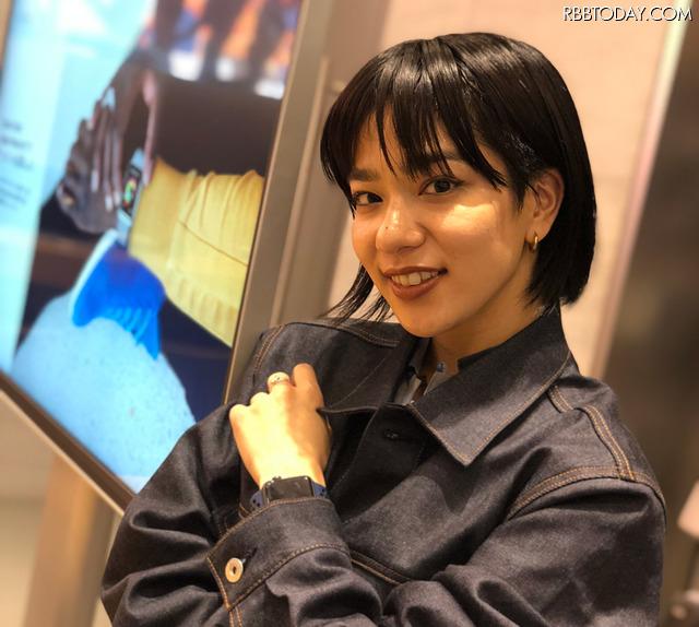 モデル・アーティストのUNAがApple Watchのアクティビティやエクササイズなどアプリの魅力をナビゲートするイベントがApple表参道で開催された
