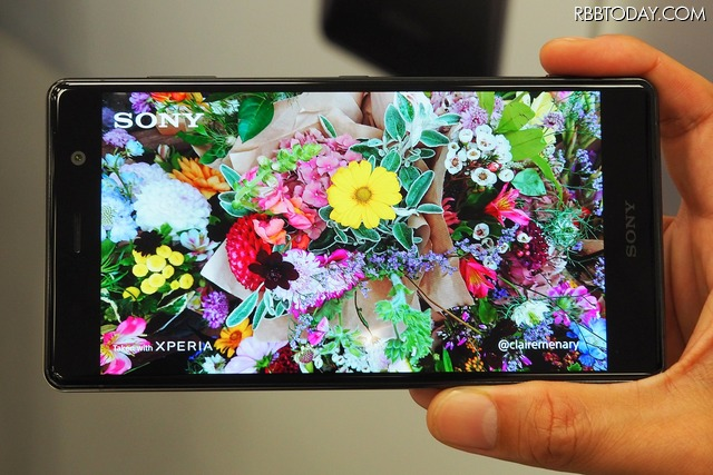 4K HDR動画撮影に対応。ディスプレイも4K HDRに対応しているため、超鮮明な映像を撮ったその場で楽しめる