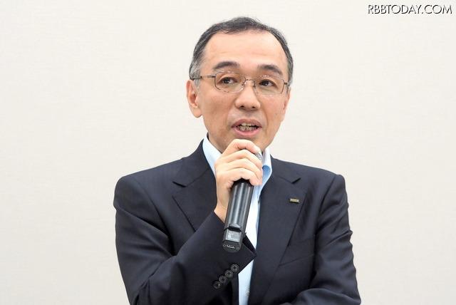 KDDI 商品企画本部長の山田靖久氏